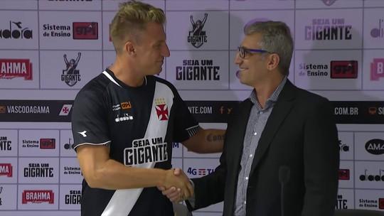 "Andreoli brinca sobre Maxi López vestir a camisa 11 de Romário: ""Vai ser difícil buscar a estátua"""