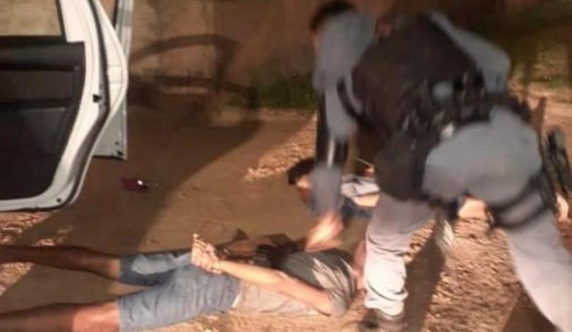 Após troca de tiros com a polícia, suspeitos de roubo são presos na Grande São Luís