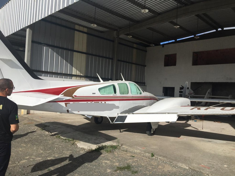 Aeronave apreendida em Feira de Santana (BA) — Foto: PF/Divulgação