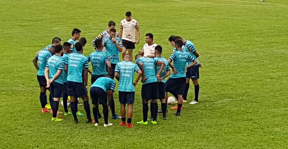 Ricardo Leão fcou três meses no Carijó como no treinador, mas estava no clube desde 2017 (Foto: Raphael Lemos)