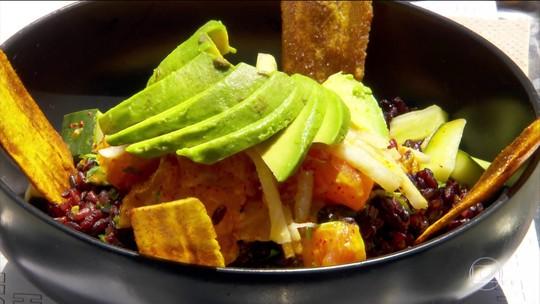 Comida típica do Havaí virou moda em Nova York
