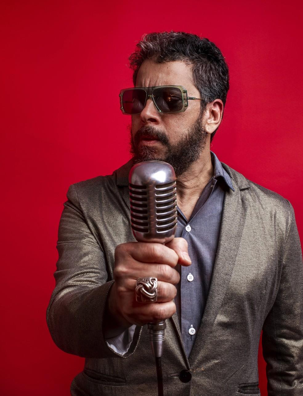 Jorge Du Peixe lança o single 'O fole roncou', segunda amostra do álbum solo 'Baião granfino' — Foto: José de Holanda / Divulgação