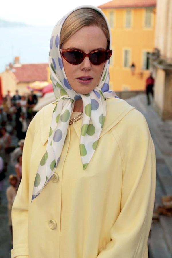 Nicole Kidman interpreta Grace Kelly no filme de 2014 (Foto: Reprodução)