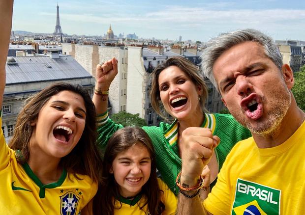 Flavia Alessandra, Otaviano Costa, Giulia e Olivia (Foto: Reprodução/Instagram)