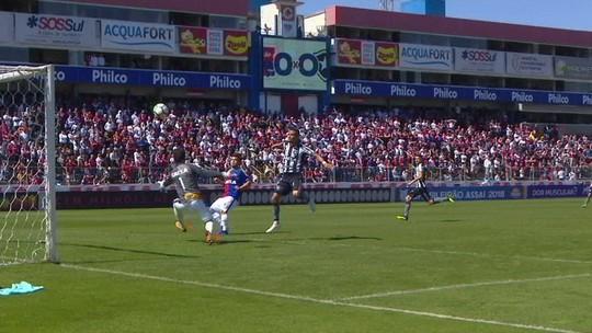 """Luiz Fernando se anima com possibilidade de Nilton Santos cheio: """"Com estádio lotado, a atmosfera é outra"""""""