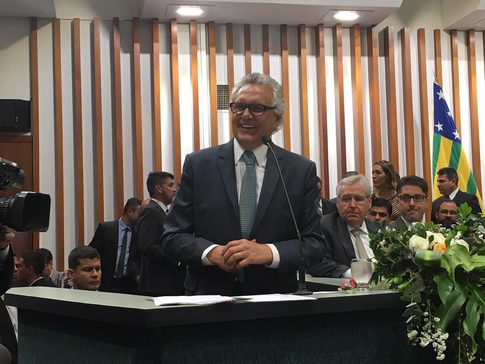 Ronaldo Caiado durante discurso na cerimônia de posse como governador de Goiás — Foto: Silvio Túlio/G1