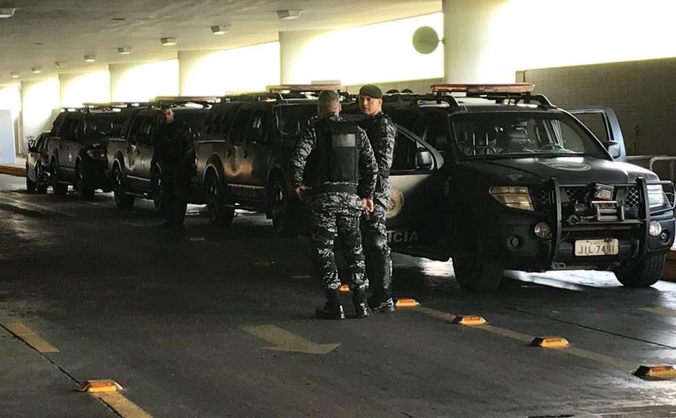 Reforço policial no Salão Branco do Congresso Nacional nesta quinta-feira (26) (Foto: Fernanda Calgaro/G1)