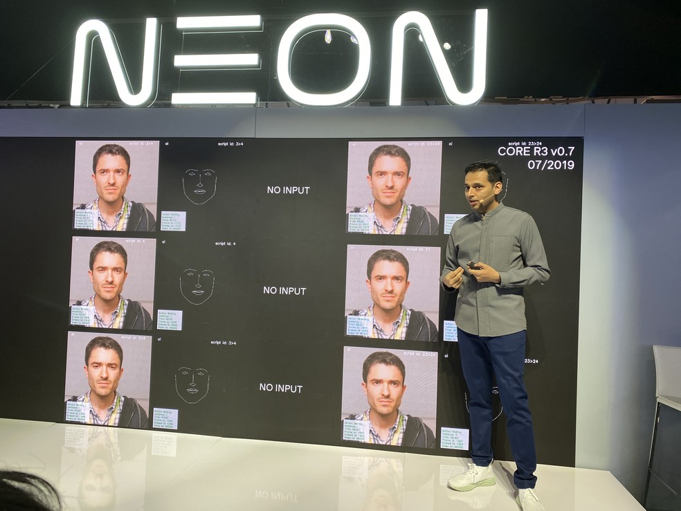 Neon usou figuras humanas reais para criar assistentes virtuais — Foto: Thiago Lavado/G1