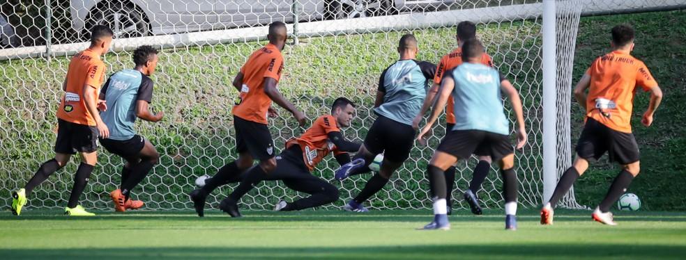 Wilson será o titular do gol do Galo contra o Flamengo — Foto: Bruno Cantini