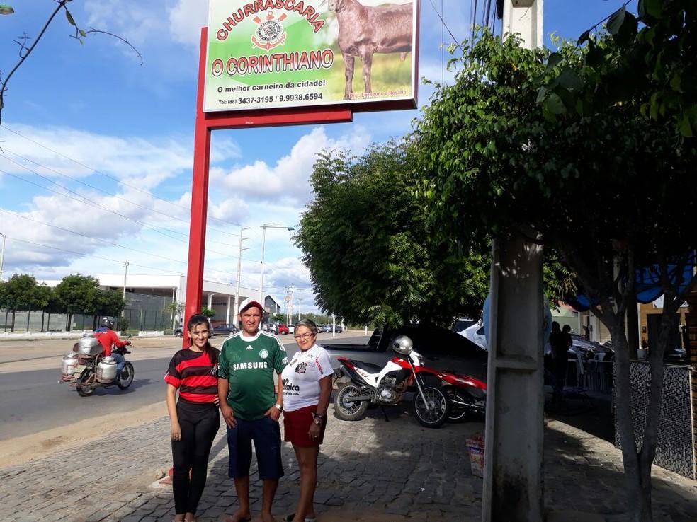 Agenor, primeiro dono do restaurante, também era palmeirense. Em casa, cada um tem sua torcida (Foto: Arquivo Pessoal)