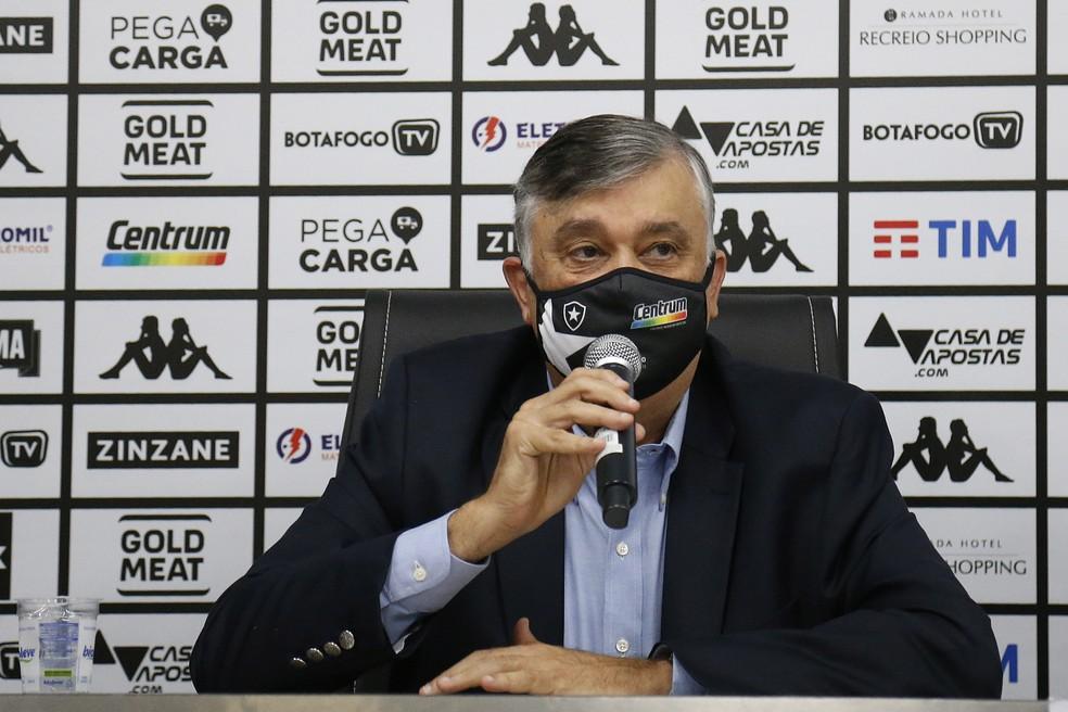 Novo presidente promete clube profissional — Foto: Vitor Silva/Botafogo