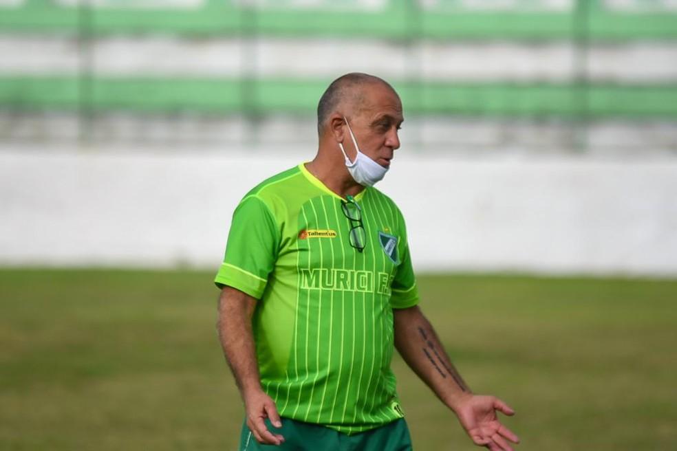 Celso disse que encarou mais um desafio em comandar o Murici — Foto: Jailson Colácio/Ascom Murici