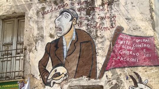 Murais de Orgossolo, cidade da Sardenha, retratam histórias do banditismo sardo