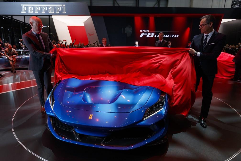 ede355f8e5 ... Ferrari F8 Tributo foi revelada nesta terça-feira (5) no Salão de  Genebra
