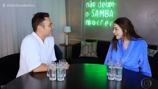 Bia Arantes brinca sobre 'fora' no primeiro encontro com o namorado: 'Não beijei'