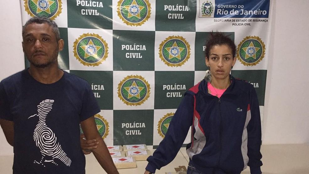Tinésio e Jenifer foram presos na Rodoviária Novo Rio (Foto: Divulgação / Policia Civil)