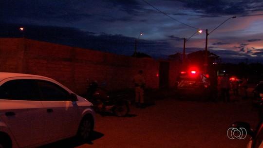 Homem é preso suspeito de forjar sequestro da própria mãe para receber seguro, em Trindade