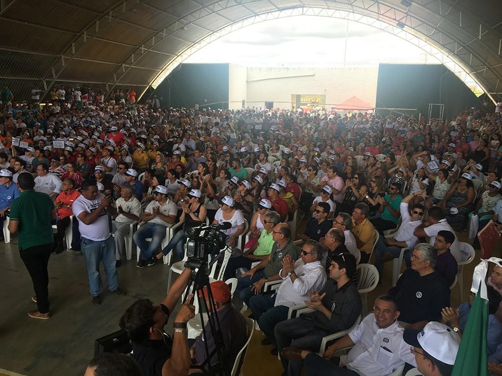 Centenas de pessoas se reuniram em evento no Seridó do RN contra ação do MPT (Foto: Divulgação)