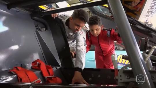 Tarso Marques relembra carreira como piloto após 'Lata Velha' especial de 'Dia das Crianças'
