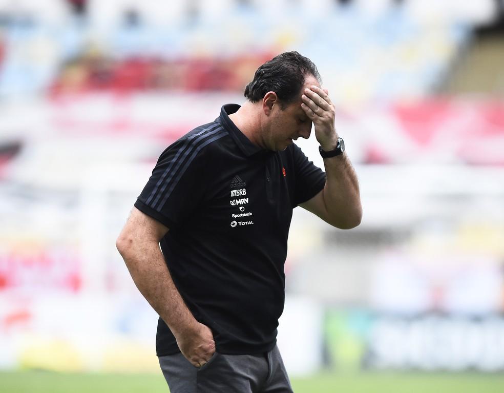 VAR da discórdia, Ceni na pressão, São Paulo derrapando e Vasco jogando o Bota na lona 2
