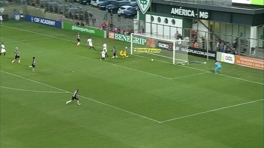Radar da Seleção: Filipe Luís volta a treinar, Alisson pega pênalti e Coutinho faz golaço