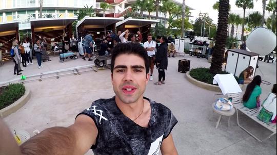 Juliano Laham mostra bastidores de primeira noturna de 'Malhação' em Orlando