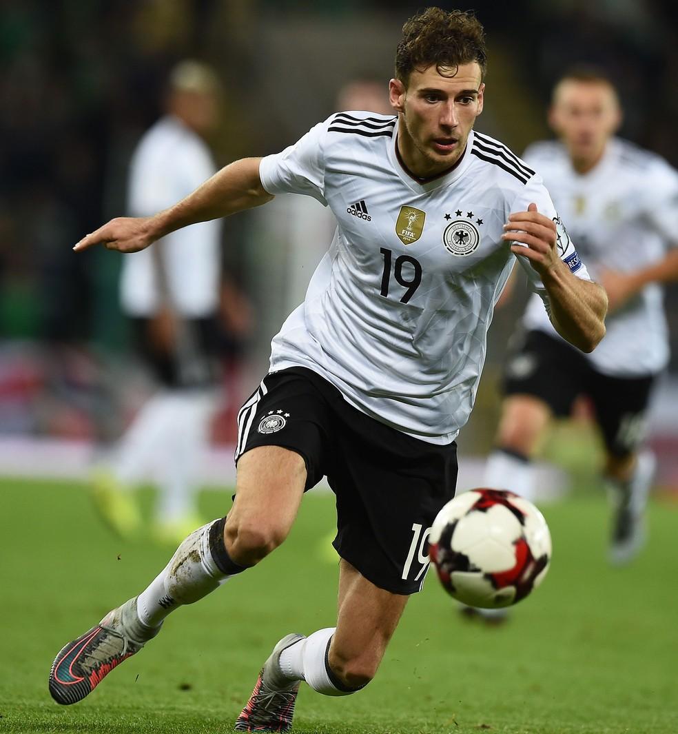 Goretzka em ação pela seleção da Alemanha nas eliminatórias da Copa (Foto: Getty Images)