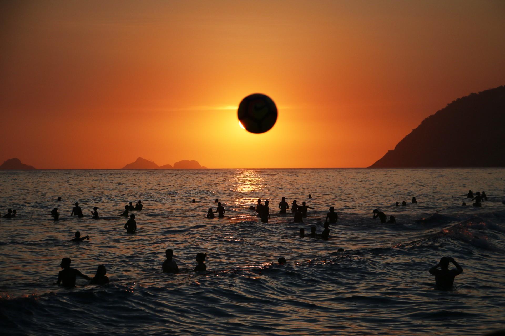 Rio tem 4º pôr do sol mais bonito do mundo e é o mais postado em rede social, aponta pesquisa thumbnail