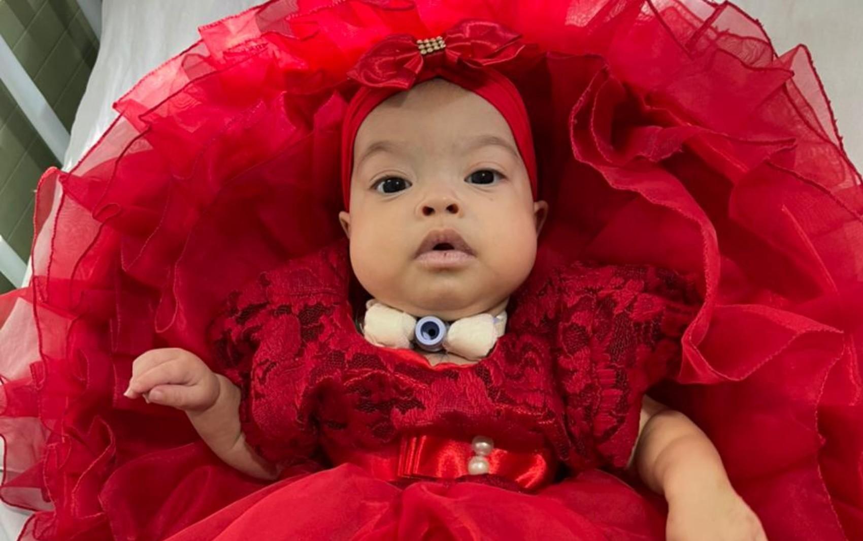 Bebê que depende de aparelho para respirar fica em estado grave após queda de energia de 15h, diz família