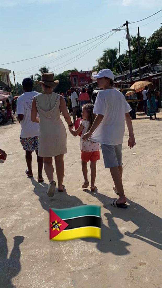 Angélica com os filhos (Foto: Reprodução/Instagram)