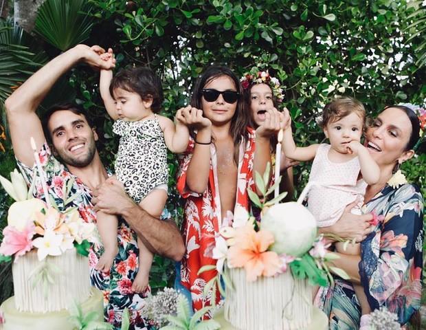 Foto da família de Ivete (Foto: Reprodução Instagram)