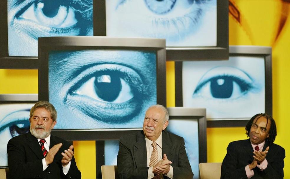 Gilberto Gil, quando era ministro da Cultura, junto com o então presidente Lula e o vice José Alencar (Foto: Ricardo Stuckert / PR)