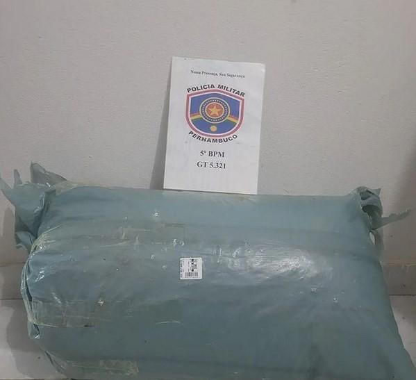 Polícia Militar apreende 12 kg de maconha na zona rural de Dormentes