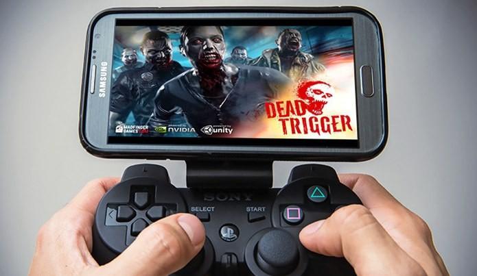 É possível configurar o controle do Playstation 3 para funcionar em jogos do Android e iOS (Foto: Divulgação / GameKlip)