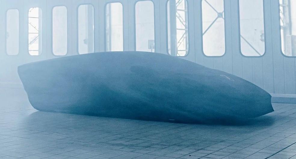 Teaser antecipa estilo retilíneo do Countach do século XXI — Foto: Divulgação/Autoesporte