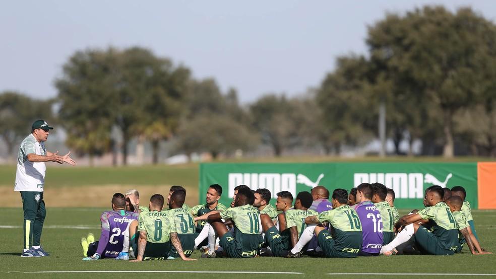 Palmeiras registra quatro casos de Covid-19 no elenco; um atleta é afastado