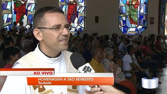 Taubaté, Pinda e Guaratinguetá celebram dia de São Benedito com missas e procissões