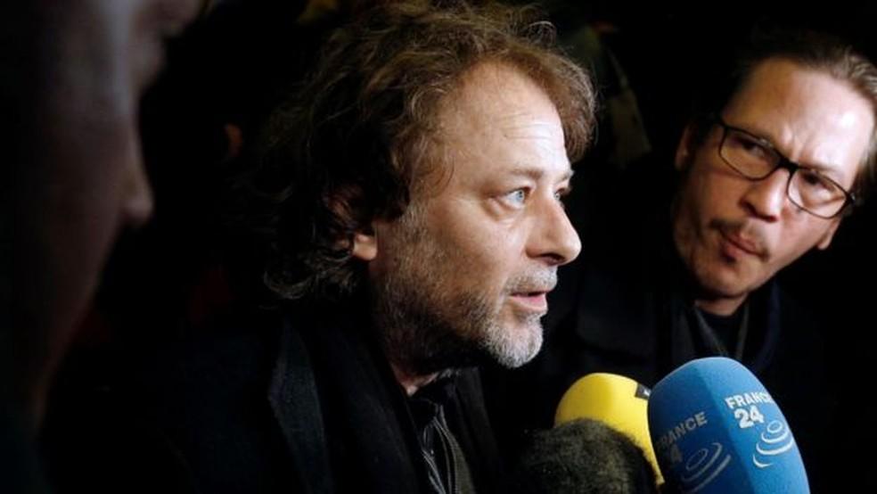 Ruggia (ao centro) admitiu erros em sua conduta, mas negou acusações de abuso sexual — Foto: AFP