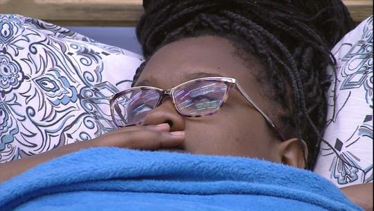 Roberta mostra preocupação com Mayara: 'Será que está com raiva?'