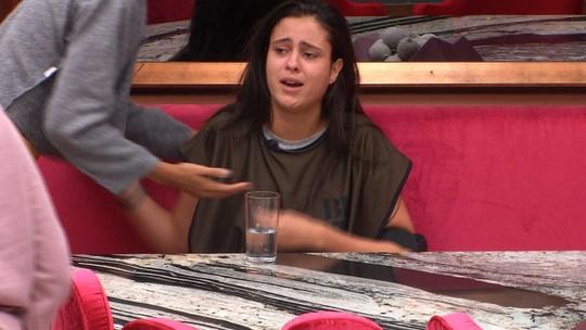 Após deixar Prova de Resistência Cores Fiat, Hana chora e promete: 'Vou recompensar vocês'