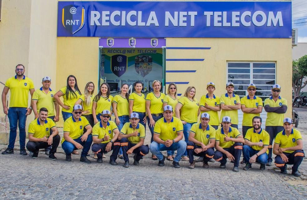 Equipe Reciclanet Telecom — Foto: Rauã Higo