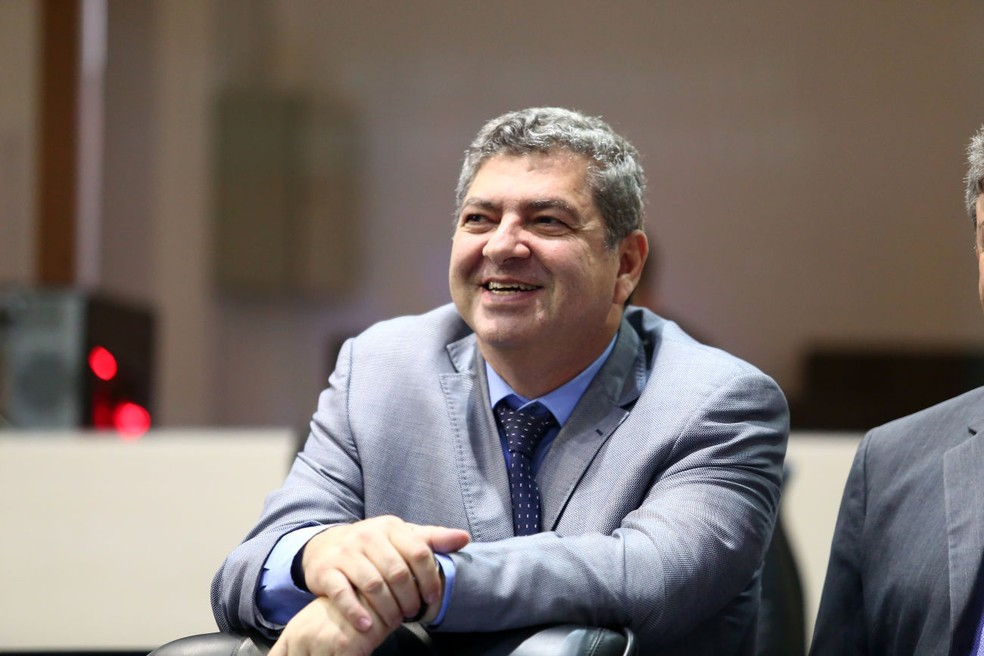 Lei também cria benefício de R$ 95 mil ao mês para o  presidente do TCE, Guilherme Maluf (PSDB), pela função exercida — Foto: Maurício Barbant/ALMT