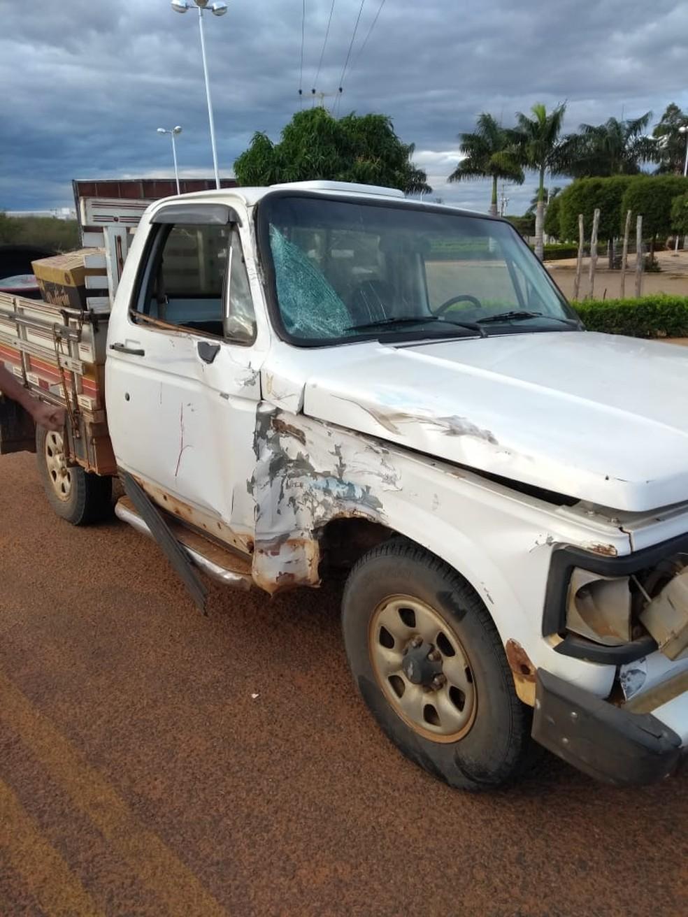 O acidente ocorreu na rodovia BR-020, entre as cidades de São Raimundo Nonato e Bonfim do Piauí. — Foto: Reprodução