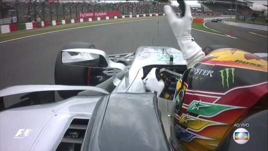 Com direito a recorde, Hamilton faz pole inédita em Suzuka. Vettel larga em 2º
