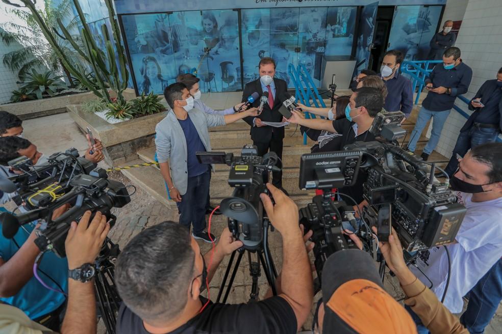 Hildon Chaves, prefeito de Porto Velho, fala durante coletiva — Foto: Secom/Prefeitura de Porto Velho