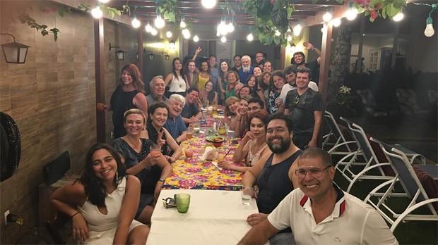 Nicette Bruno e convidados (Foto: Reprodução/Instagram)
