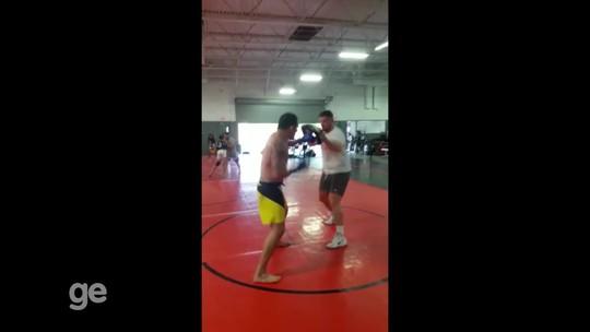 Francimar Bodão grava vídeo de treino e afirma: 'estou pronto para vencer'