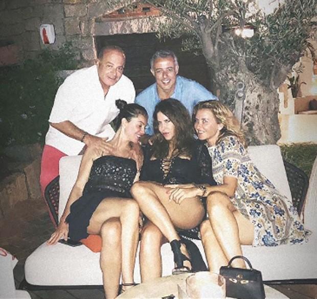 Marcelo de Carvalho e Simone Abdelnur com amigos (Foto: Reprodução)