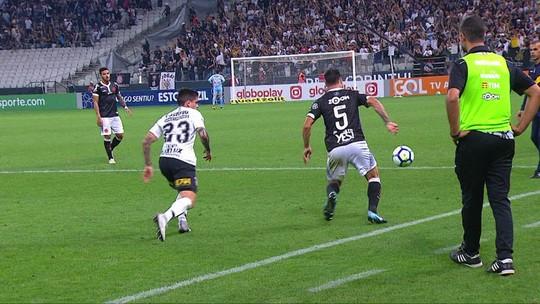 Corinthians x Vasco tem confusão no fim, e árbitro relata na súmula; veja vídeo