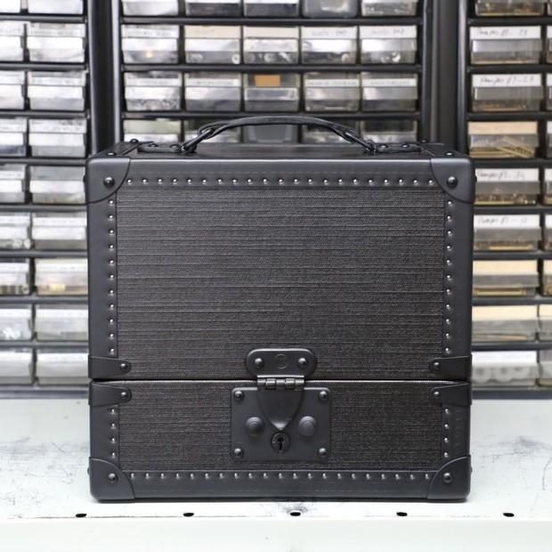 Um dos baús da coleção de estreia de Virgil Abloh para a Louis Vuitton (Foto: Instagram Louis Vuitton/ Reprodução)